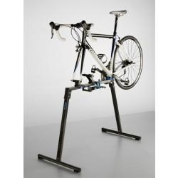 Монтажен стенд за велосипед Tacx Motion