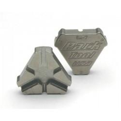"Tool Park Tool Triple Spoke Tool: .127"", .130"", .136"""