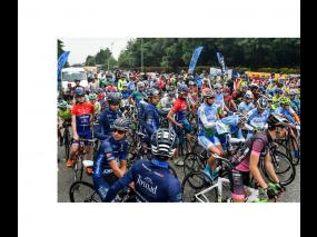 Драг и Долчини събраха рекорден брой колоездачи от България и чужбина за тридневното си състезание по колоездене